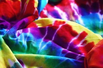 How to Tie-Dye 5 Easy Steps