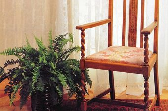 12 Steps to Reupholster a Drop-in Seat