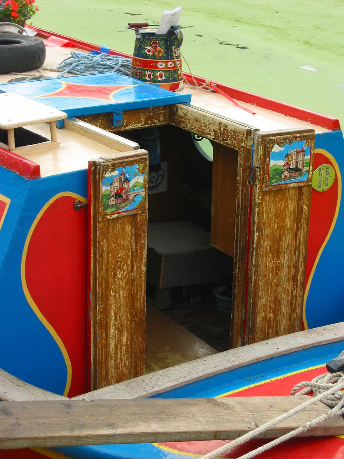 Back end of a narrow boat